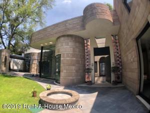 Casa En Rentaen Miguel Hidalgo, Lomas De Chapultepec, Mexico, MX RAH: 19-2061
