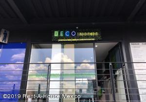 Segunda Mano En Rentaen Queretaro, El Mirador, Mexico, MX RAH: 19-2102