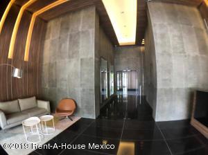 Departamento En Rentaen Huixquilucan, Lomas Country Club, Mexico, MX RAH: 19-2106