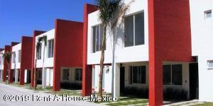 Casa En Ventaen Corregidora, El Pueblito, Mexico, MX RAH: 19-2115