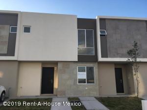 Casa En Rentaen El Marques, Zakia, Mexico, MX RAH: 19-2141