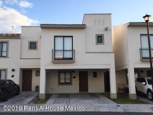 Casa En Rentaen El Marques, Zakia, Mexico, MX RAH: 19-2163