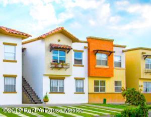 Casa En Ventaen El Marques, Rincones Del Marques, Mexico, MX RAH: 19-2168