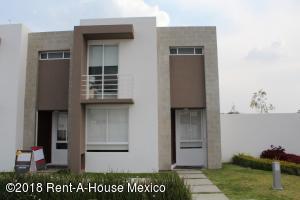 Casa En Rentaen El Marques, Zakia, Mexico, MX RAH: 19-2218