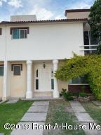 Casa En Ventaen Queretaro, Jurica, Mexico, MX RAH: 19-2265