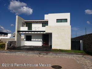 Casa En Ventaen Queretaro, La Vista, Mexico, MX RAH: 19-2294