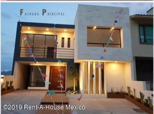 Casa En Ventaen Atizapan De Zaragoza, Bellavista, Mexico, MX RAH: 19-2337