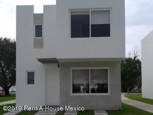 Casa En Ventaen Corregidora, El Pueblito, Mexico, MX RAH: 19-2344