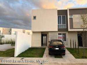 Casa En Rentaen El Marques, Zakia, Mexico, MX RAH: 19-1723