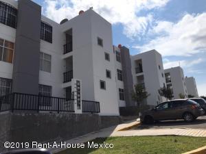 Departamento En Ventaen El Marques, La Pradera, Mexico, MX RAH: 19-2384