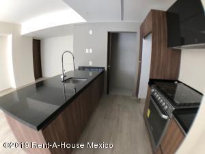 Departamento En Rentaen Huixquilucan, Hacienda De Las Palmas, Mexico, MX RAH: 19-2389