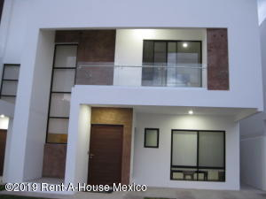 Casa En Ventaen Queretaro, Altos De Juriquilla, Mexico, MX RAH: 19-2401