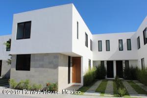 Casa En Ventaen Queretaro, Altos De Juriquilla, Mexico, MX RAH: 20-27