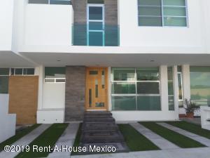 Casa En Rentaen Queretaro, Juriquilla, Mexico, MX RAH: 20-32
