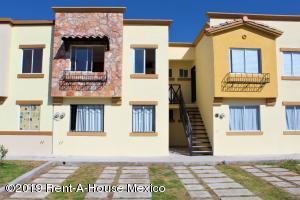 Departamento En Rentaen El Marques, Real Solare, Mexico, MX RAH: 20-54