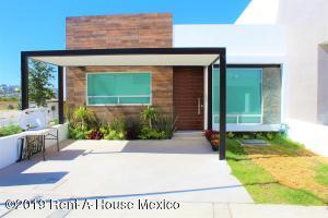 Casa En Ventaen Corregidora, El Roble, Mexico, MX RAH: 20-114
