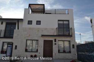 Casa En Ventaen Queretaro, El Refugio, Mexico, MX RAH: 20-128