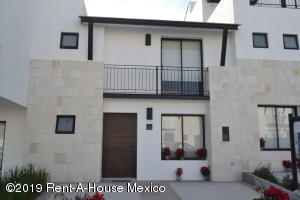 Casa En Ventaen Queretaro, El Refugio, Mexico, MX RAH: 20-131