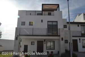 Casa En Ventaen Queretaro, El Refugio, Mexico, MX RAH: 20-132