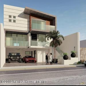 Casa En Ventaen Atizapan De Zaragoza, Bosque Esmeralda, Mexico, MX RAH: 20-161