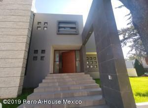 Casa En Rentaen Atizapan De Zaragoza, Loma De Valle Escondido, Mexico, MX RAH: 20-180