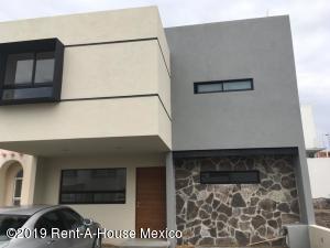 Casa En Ventaen Queretaro, El Refugio, Mexico, MX RAH: 20-181