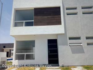 Casa En Ventaen Queretaro, Ciudad Del Sol, Mexico, MX RAH: 20-182