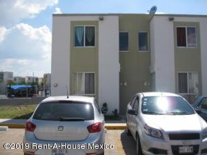 Casa En Ventaen El Marques, Paseos Del Maques, Mexico, MX RAH: 20-378