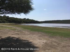 Terreno En Ventaen Queretaro, Juriquilla, Mexico, MX RAH: 20-401