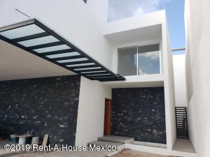 Casa En Ventaen Queretaro, La Vista, Mexico, MX RAH: 20-409