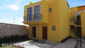 Casa En Ventaen San Miguel Allende, Zirandaro, Mexico, MX RAH: 20-412