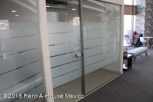 En Rentaen Queretaro, Arboledas, Mexico, MX RAH: 20-467