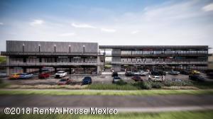 En Rentaen El Marques, Zibata, Mexico, MX RAH: 20-481