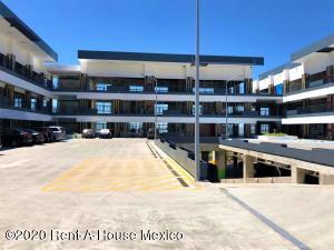 Nuevo En Rentaen Queretaro, El Refugio, Mexico, MX RAH: 20-488