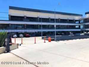 Nuevo En Rentaen Queretaro, El Refugio, Mexico, MX RAH: 20-489