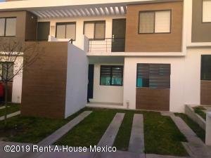 Departamento En Ventaen El Marques, Zakia, Mexico, MX RAH: 20-520