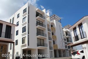 Departamento En Ventaen El Marques, Zibata, Mexico, MX RAH: 20-616
