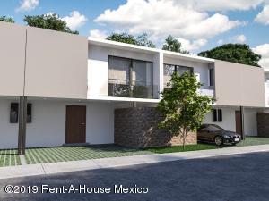 Casa En Ventaen Corregidora, El Condado, Mexico, MX RAH: 20-638