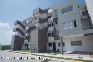 Departamento En Ventaen Queretaro, El Refugio, Mexico, MX RAH: 20-661