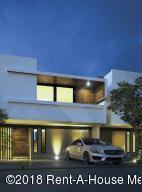 Casa En Ventaen El Marques, Zibata, Mexico, MX RAH: 20-750