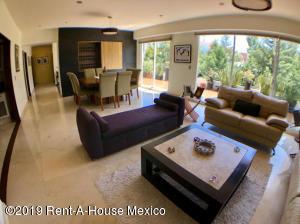 Departamento En Ventaen Huixquilucan, Villa Florence, Mexico, MX RAH: 20-853