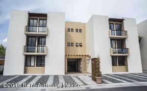 Departamento En Ventaen Corregidora, El Pueblito, Mexico, MX RAH: 20-865