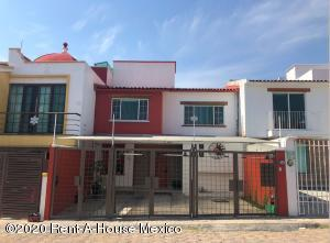 Casa En Rentaen Queretaro, Milenio 3Era Seccion, Mexico, MX RAH: 20-809