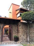 Casa En Rentaen Huixquilucan, Bosques De Las Palmas, Mexico, MX RAH: 20-896