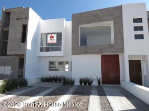 Casa En Ventaen Queretaro, San Isidro Juriquilla, Mexico, MX RAH: 20-913