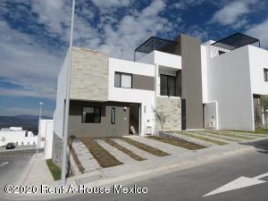 Casa En Rentaen El Marques, Zibata, Mexico, MX RAH: 20-940