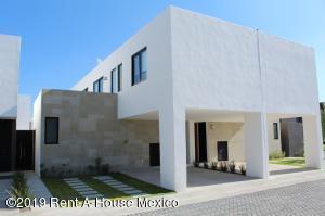 Casa En Ventaen Queretaro, Juriquilla, Mexico, MX RAH: 20-1101