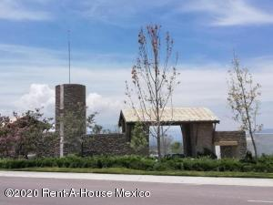 Terreno En Ventaen El Marques, Zibata, Mexico, MX RAH: 20-1159