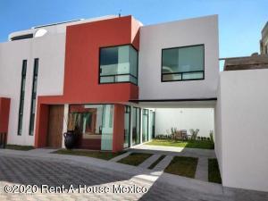 Casa En Ventaen San Mateo Atenco, Santa Maria La Asuncion, Mexico, MX RAH: 20-1161