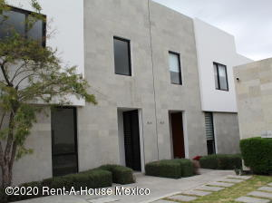 Casa En Ventaen Queretaro, El Refugio, Mexico, MX RAH: 20-1239
